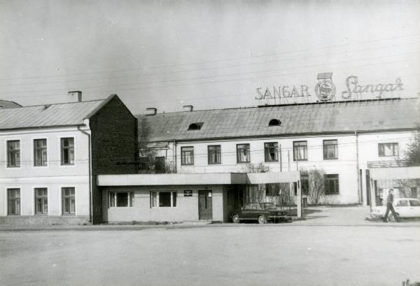 0ffdbc620cb Õmblusvabrik Sangar (Pikk 12b). Tartu, – Tankler, Hain - Ajapaik