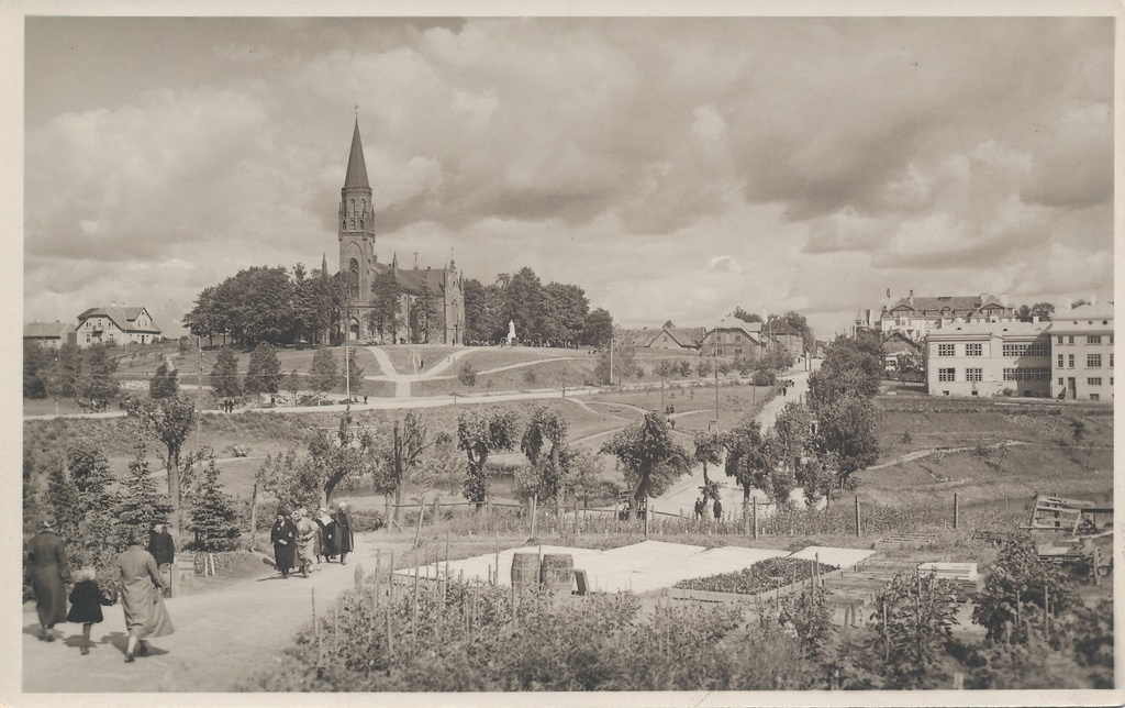 Photo, Viljandi, view of the garden, the church of Paulus, school, approx. 1933