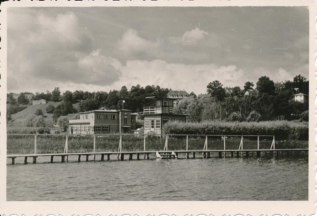 Photo, Lake Viljandi, water rescue house, former casino and sports club building, 1956