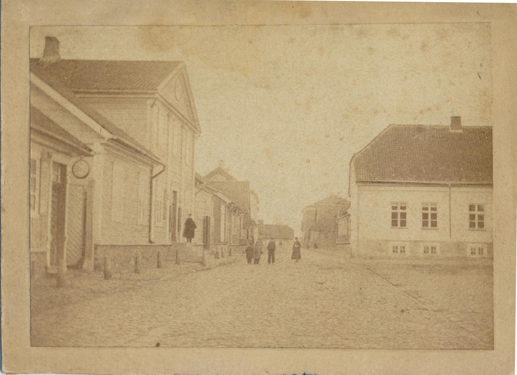 Photo, Viljandi, next to Lossi Tn marketplace, approx. 1880