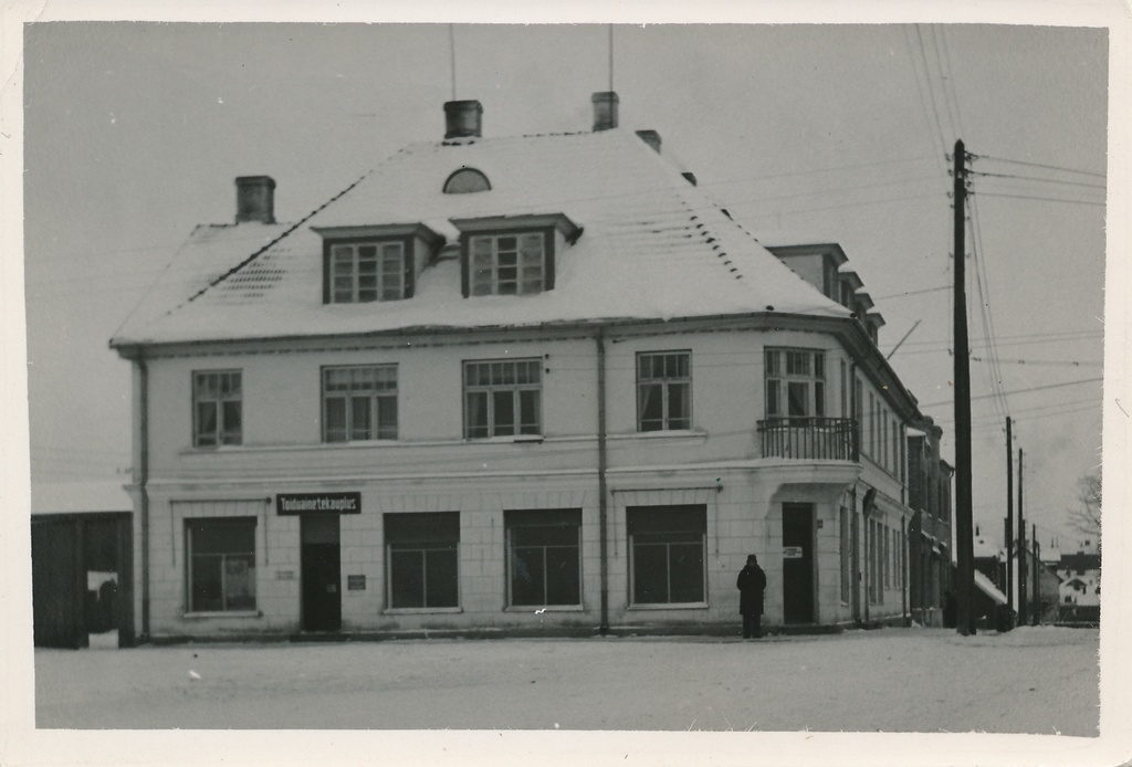 Photo Viljandi Turu tn 10, Metsamärdi maja 1938
