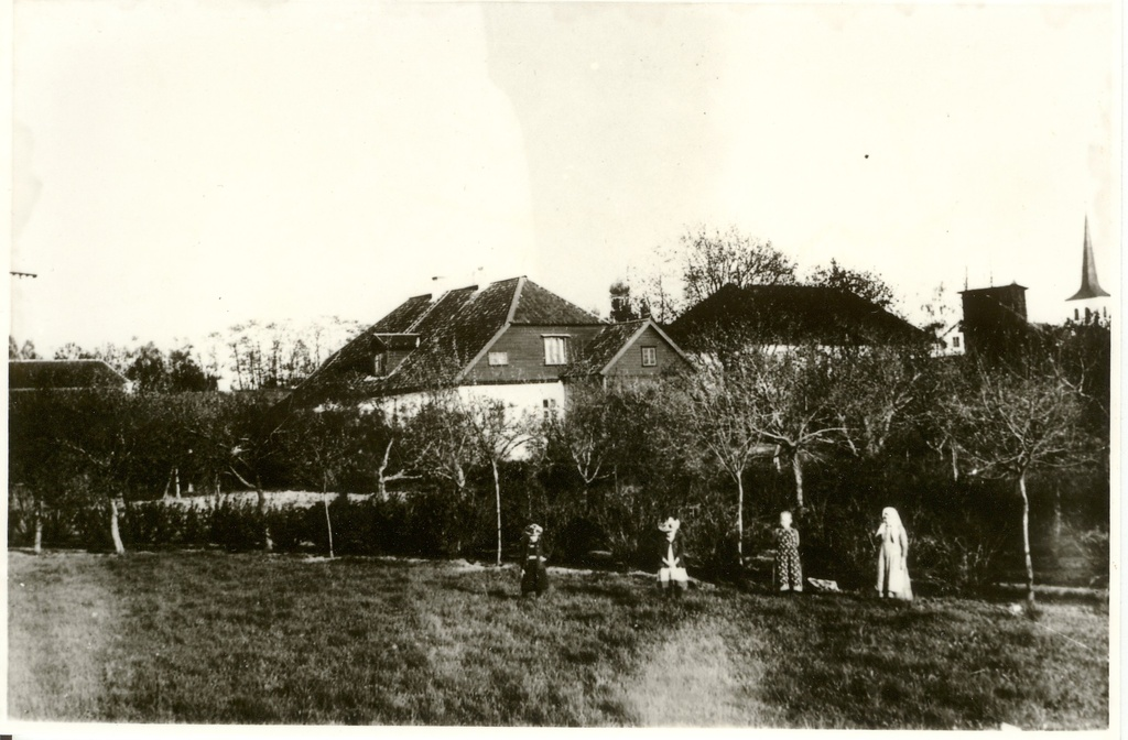 Photocopy, Paide view 1901, behind the pastorate