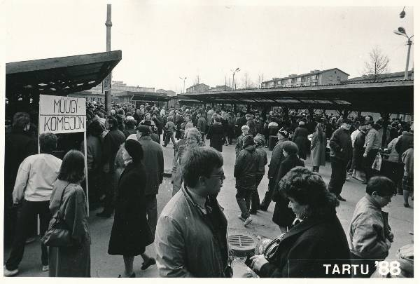 The old-cream market in Tartu in 1988.