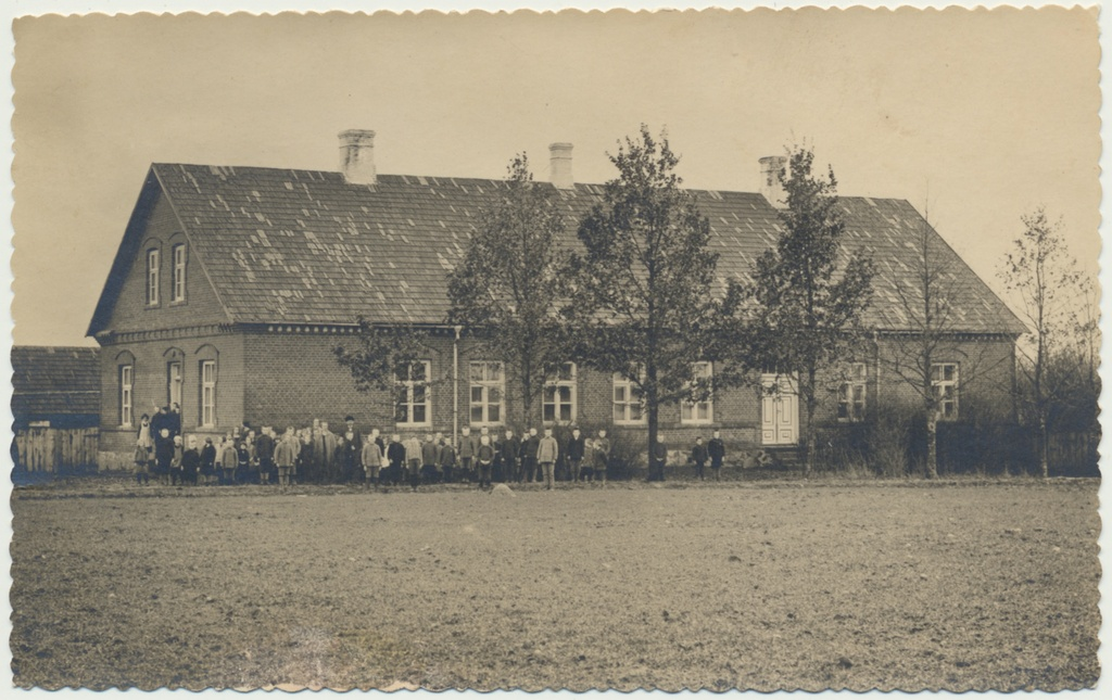 Photo, Viljandimaa, Reegoldi primary school house, 1928