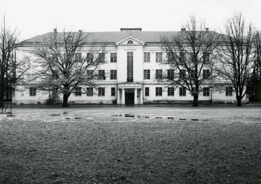 Girls' Gymnasium in Tartu, view of the building. Architect Georg Hellat