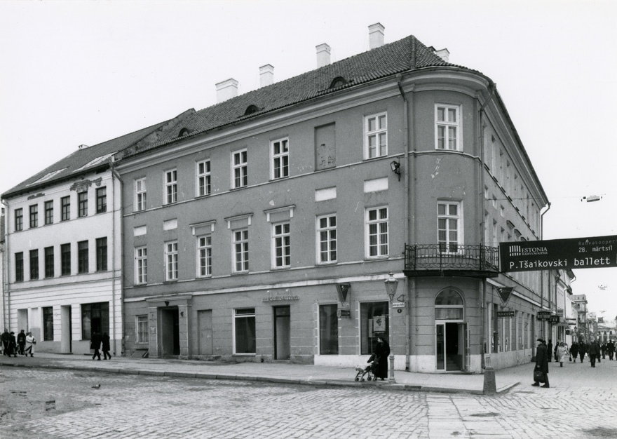 Administrative building, old university building in Tartu, view of the building from the corner