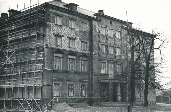 University of Tartu, the construction of Pälson 23 (Pepleri 23) is completed. 1953. Photo Hillar Palamets.