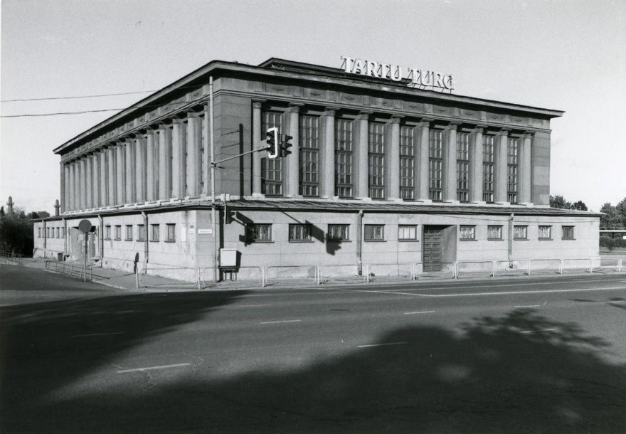 Tartu market building, front view. Architect Voldemar Tippel