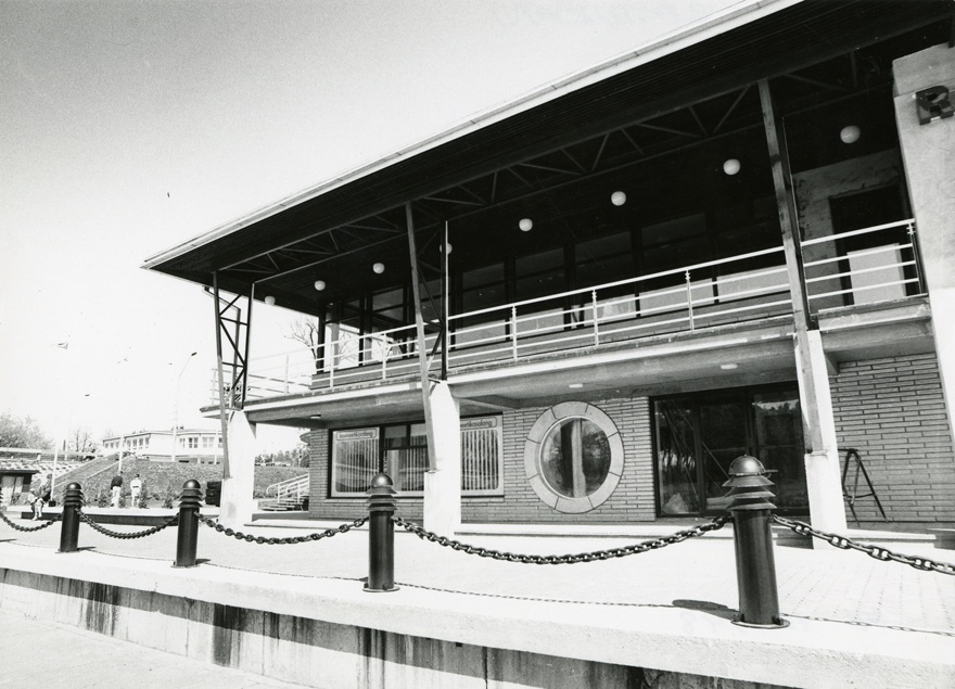 Cafe-restoran Pirital, view of the preface. Architects Andres Alver, Tiit Trummal