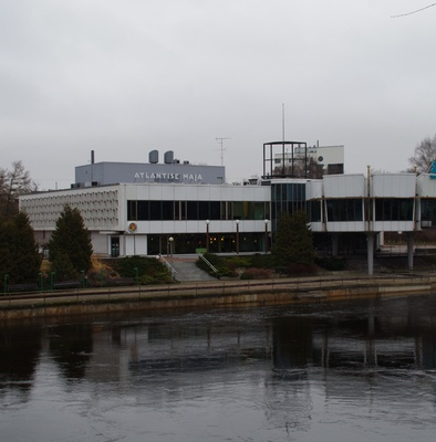"Restaurant ""Kaunas"" in Tartu, view of the building across the river. Architect Voldemar Herkel rephoto"