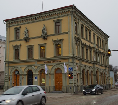Bank building in Tartu, view from the corner. Architect Maximilian Rötscher rephoto