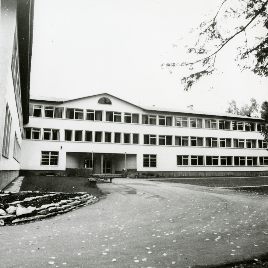 Türi high school, preface view. Architect Maie Hansmann