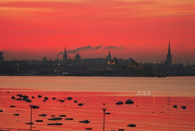 View of Tallinn from the sea rephoto