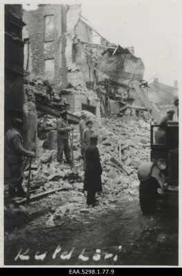 View of the ruins of the guest house and restaurant Gold Liv probably after the bombing of Tallinn  similar photo