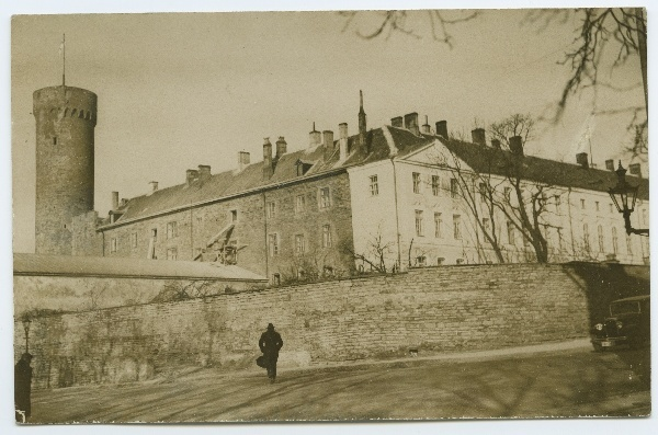 Tallinn, Toompea Castle with Pika Herman, view from Toompea Street.