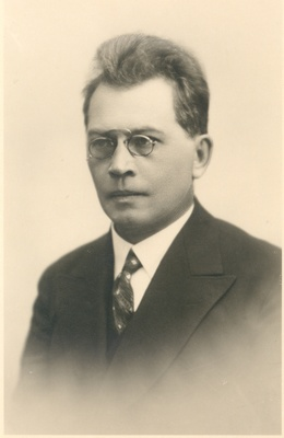 Friedebert Tuglas  similar photo