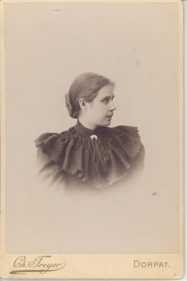 Wound, Anna 1895. (31 years old)  duplicate photo