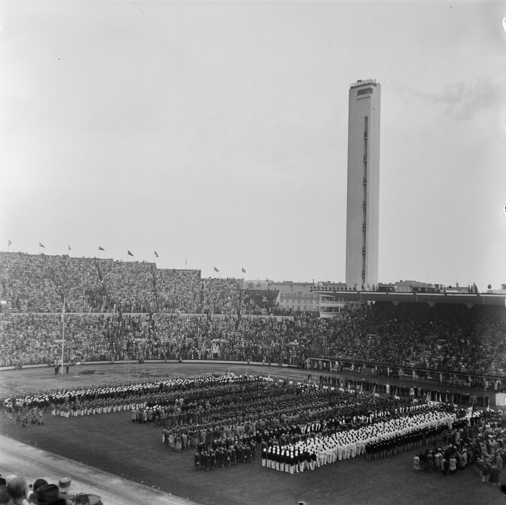 The Helsinki Olympics in 1952. Opening 19.7. At the Olympic Stadium. Teams from participating countries on the field..