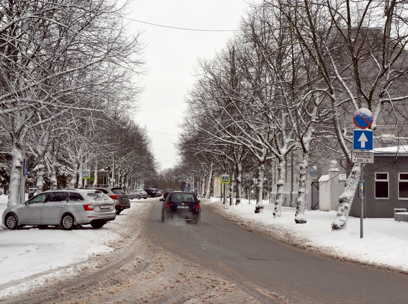 View to the street in Pärnu. rephoto