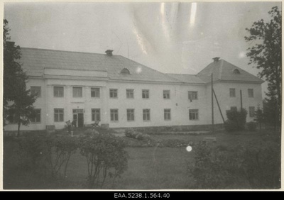 Front side of the main building of Valkla Manor  duplicate photo