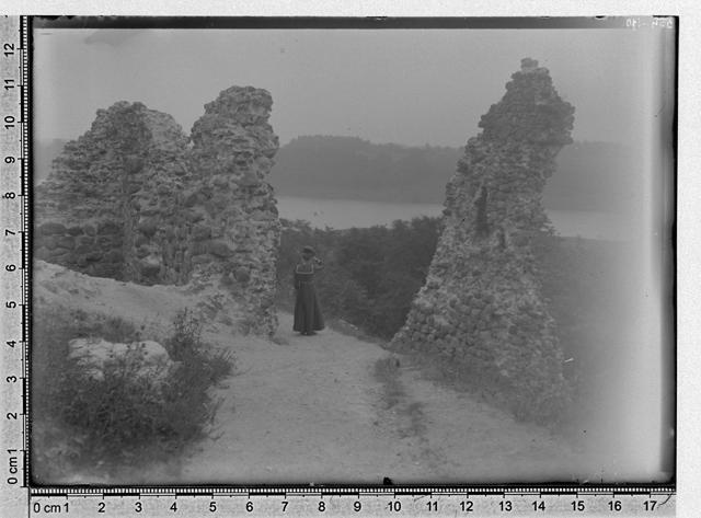 Ruins of Viljandi Castle 1898