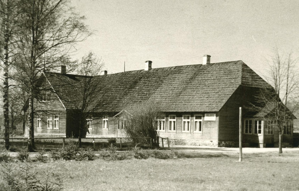 Väluste School House