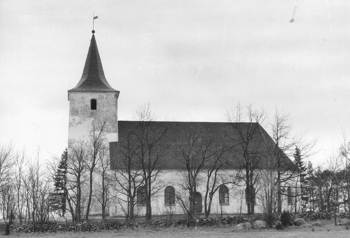 Reigi church. View from the south