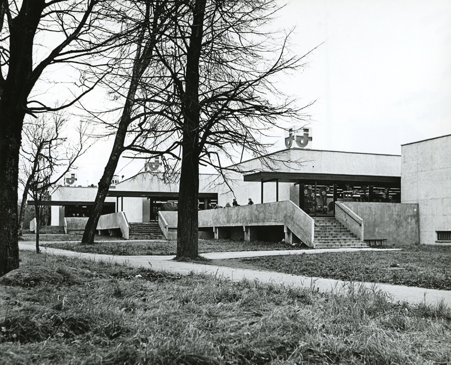 Jõhvi storehouse, view of the building. Architect Helgi Margna; engineers h. Suurkuusk and m. Volmer