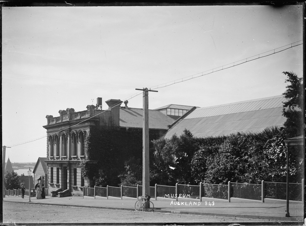 Auckland Institute and Museum, Auckland