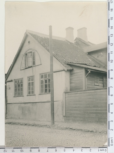 The end of the house on the Uoul of Karlova. 31