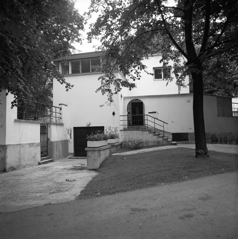 Herbert Johanson's private house in Tallinn Toompuiestee 6, view of the building from the street. Architect Herbert Johanson
