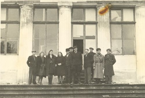 Old-kuuste Valla Active Committee in 1946.