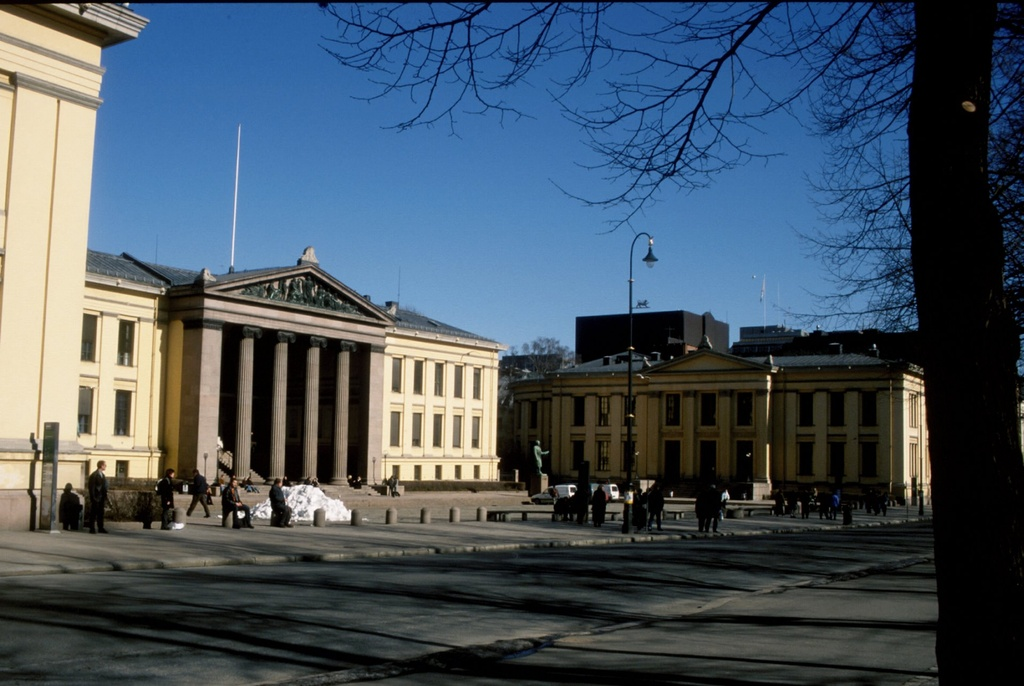 Universitetet i Oslo, Det kongelige Frederiks Universitet (Karl Johans gate 47, Oslo)