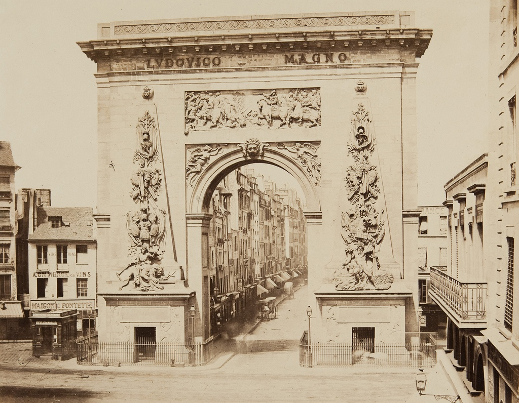 Porte Saint-Denis, no. 20