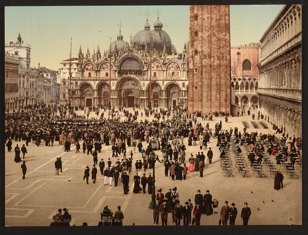 [concert in St. Mark's Place, Venice, Italy] (Loc)