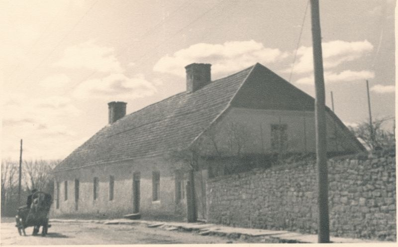 Photo. End. Tori Down, later horse station. Komsomoli (end. Water) street. 1955. Photographer. R. Kalk.