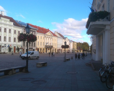Tartu Raekoja square from the end of the University Street rephoto