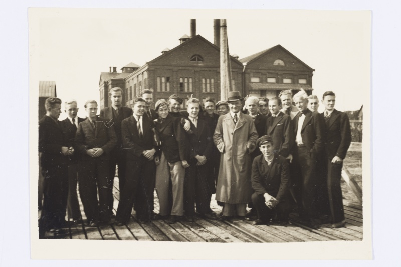 Tour of Tartu High School of Technology at Ulila Station, 1939.